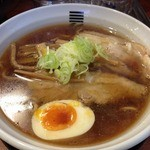 烈火 本店 - 四種の魚介醤油らーめん(750円)