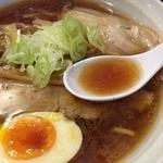 烈火 本店 - 四種の魚介醤油らーめん(750円)スープ