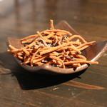 草季庵 - 揚げ蕎麦 と 塩昆布