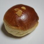 さざなみ BAKERY - クリームパン