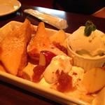 J-CAFE & Bar Motel - フレンチトースト