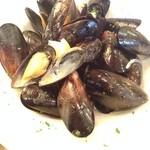 26236097 - ムール貝の白ワイン蒸し