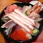 鯛喜 - 海鮮丼・豪華