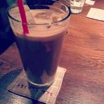 トライシクルカフェ - カフェオレ(アイス)。ドリンクは、ランチ+150円。