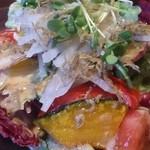 SU!SU! ITALIAN DINING - 大根とカリカリジャコの和風サラダ