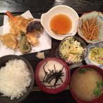 26246907 - とろろ定食天ぷら1000円