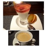 La Serre - 桜のジュレ(下は牛乳プリン)&レーズンクリームを挟んだクッキー・・ほんのり桜の風味が広がります。