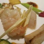カントニーズ 燕 ケン タカセ - エビとホタテ、季節野菜の炒め 海老部分あっぷ