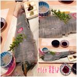 26254642 - こちらの1番のおすすめ、ヤリイカ 姿造り(4200円)♪ 透明でほんのり甘みがあって、食感よく美味しい!