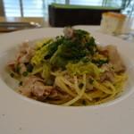 ラ・カマルティーナ - 豚ばら肉と青葱、生姜、ケッパーのスパゲッティ