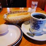 コメダ珈琲店 - ブレンドコーヒー(無料でモーニングセット化)