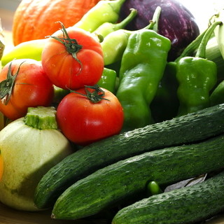 全国各地から届く無農薬・有機栽培の野菜のみを使用!