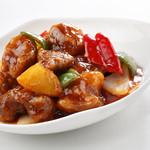 避風塘 - パイナップル入り香港風酢豚