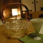 鈴木 - 日本酒のおちょこも素敵です。