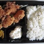 とりあん東京 - 鶏唐揚げ弁当(中味)