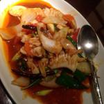 Sukhontha - イカの辛味噌炒め