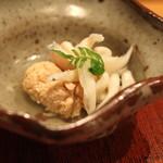 会席料理 岸由 - 先付 (鯛の子 と 鯛の白子 と 白魚) (2014/04)