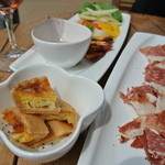ル・パサージュ - 料理は、三島で有名なフレンチ【オンフランス】のタパス♡キッシュも温か♪