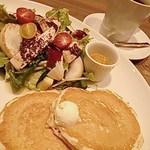 26311491 - カジキ野菜パンケーキ、コナブレンドコーヒー