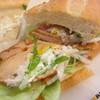 ドトールコーヒーショップ - 料理写真:ミラノサンド・ローストチキンとサワークリームソース 410円