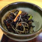 のれん - 副菜のヒジキ