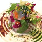 26315110 - バルサミコの香るライスサラダ 生ウニと真鯛のマリネ添え