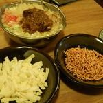 お好み焼き処 小奈や - カレーもんじゃ(チーズ&ベビスタ)トッピング