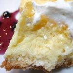 カフェ プレイズナイス - ベイクド チーズケーキ