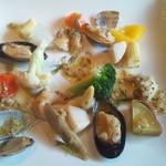 26334597 - いろいろ貝類のマリネ・マスタードヴィネグレット