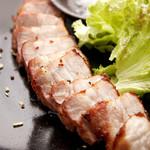 四角家餃子本舗 - しおの焼豚