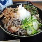 まんよう - 料理写真:「おろしそば+山菜トッピング」760円