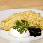 カフェクアラ - サクサクの軽い触感!バター不使用&豆乳入り。奥多摩名産の爽やかな自家製柚子ジャムと共にどうぞ。