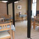 カフェスパイス - テーブル席 12席