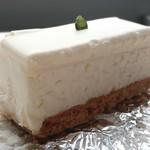 西洋菓子しろたえ - レアチーズケーキ