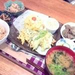 天然食堂 かふぅ - 税抜950円 かふぅ定食