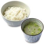 やきとり家すみれ - コラーゲンたっぷりの鶏スープと、鳥取県産特別栽培米コシヒカリ使用の白いご飯。お食事に是非!