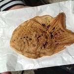 錦水橋の鯛焼き - たい焼き1個140円