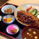 岡田屋 - みそかつ定食 1,300円