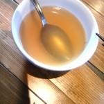 26348956 - スープ。多少にニンニクも入っているかな。