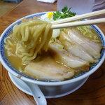 明心角ふじ - 極太麺