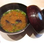 鮨 久いち - 蜆のお味噌汁