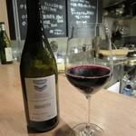 吉 - 一杯目の赤ワイン