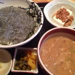 地料理の店 ごんきち - 朝採れ生しらす定食