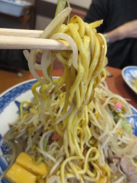 春駒食堂 - 麺はこんな感じです。
