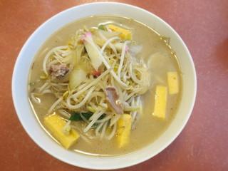 春駒食堂 - ちゃんぽん(680円+税)