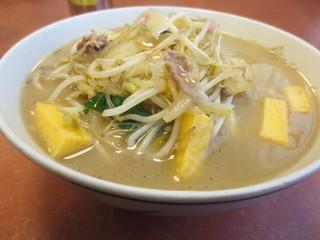 春駒食堂 - スープは意外とあっさりです。