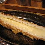 うどん 丸香 - チーちく天(チーズ入りちくわ)