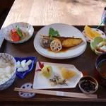 福 - 愛媛産戸島ブリの照り焼き定食1