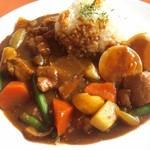カフェ ブリーガーデン - 料理写真:カレーは野菜たっぷり