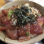 魚八 - まぐろ漬丼・大盛¥750